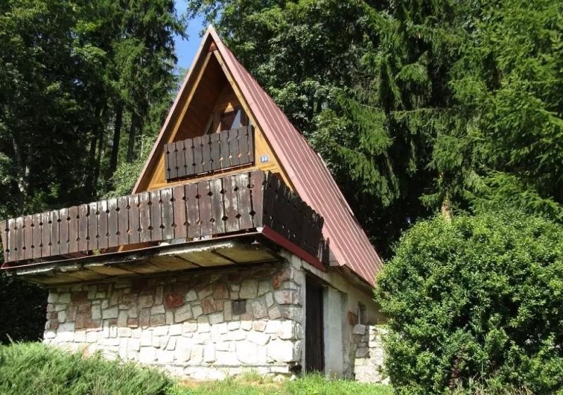 Velké potíže s malým domkem